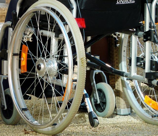倉橋香衣の車椅子生活はトランポリン事故の影響?結婚して夫はいる?